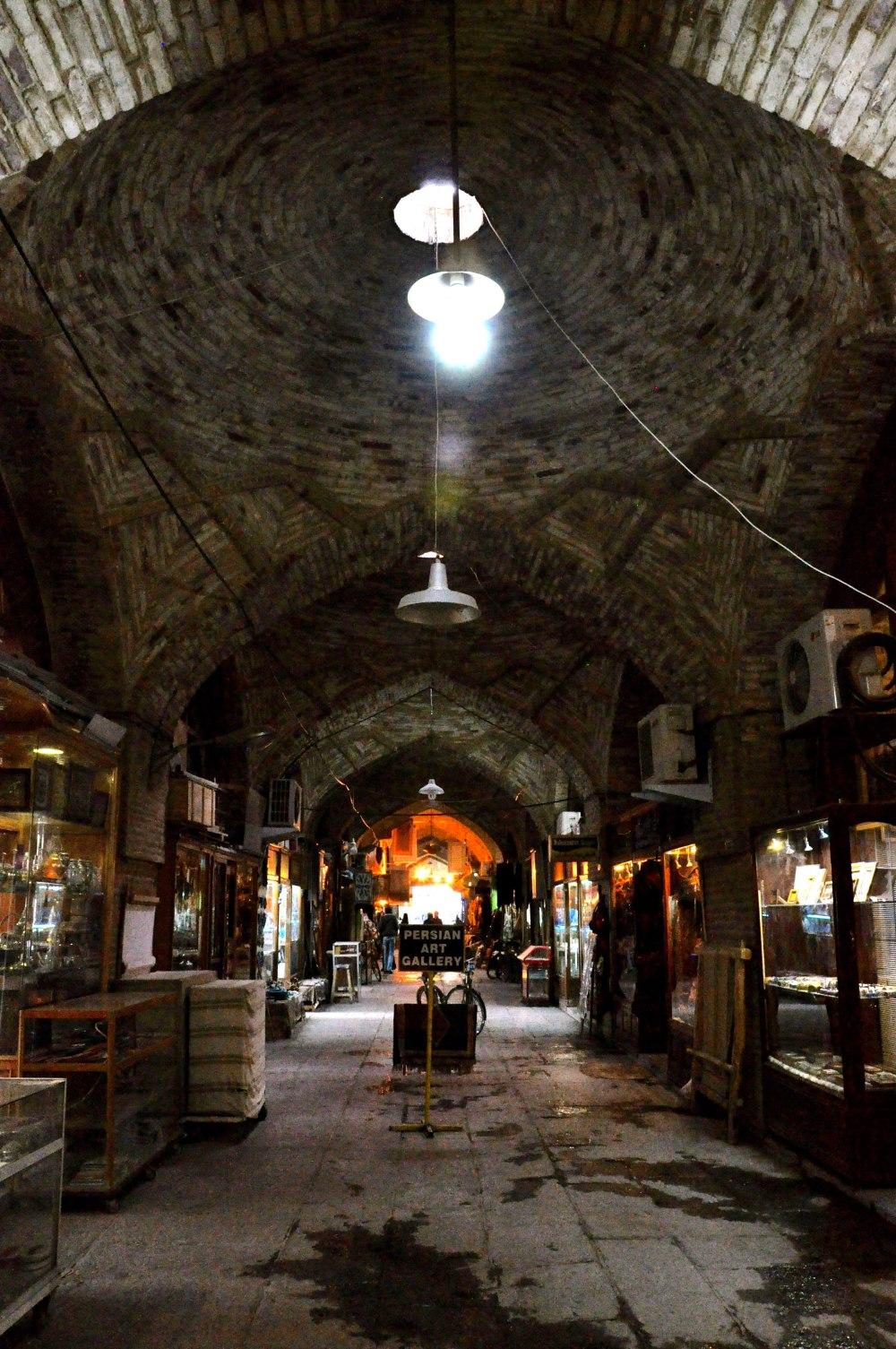isfahan-bazaar-1