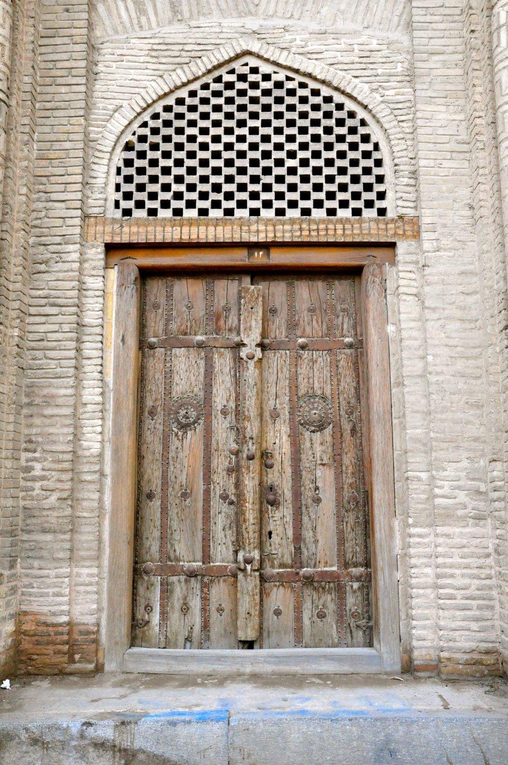 masjid-e-jameh-1