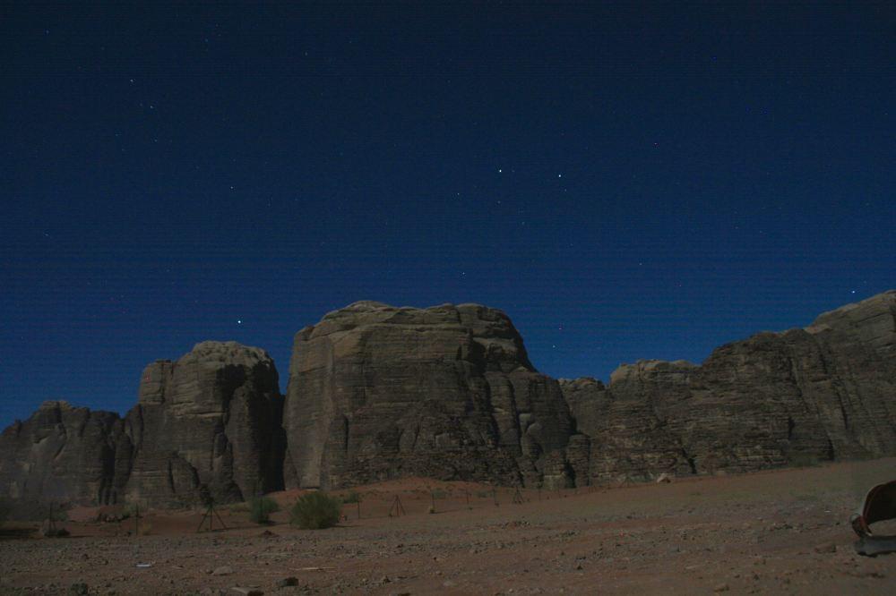 wadi-rum-at-night