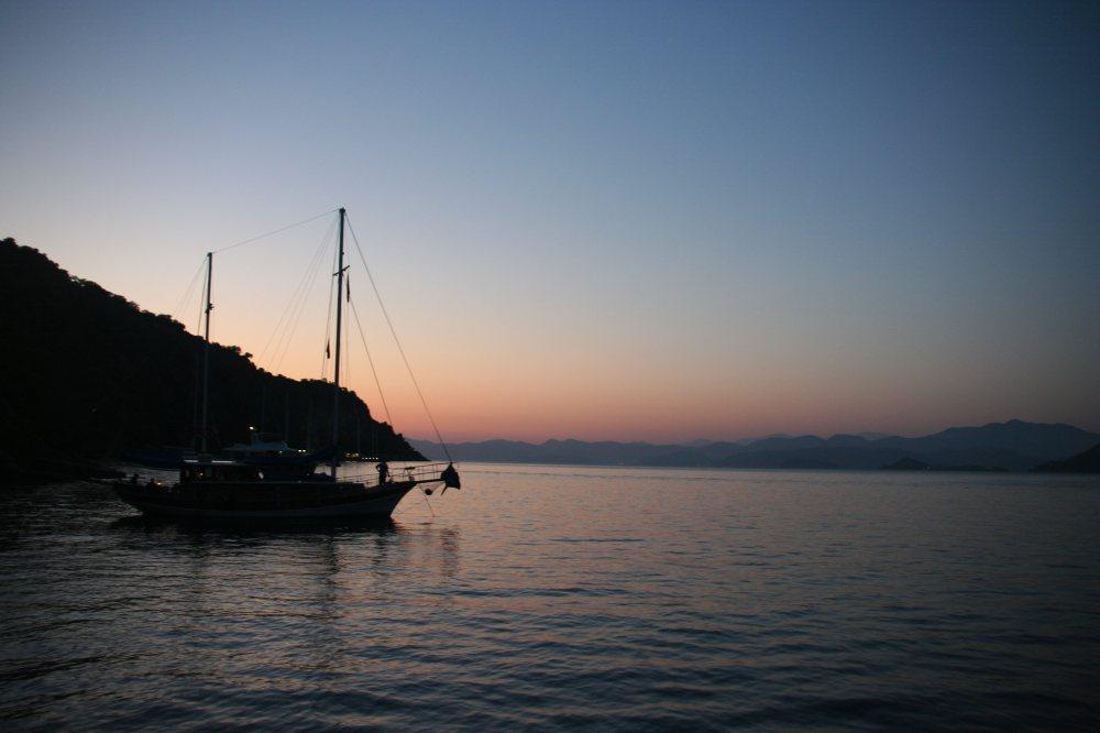 günbatımında-tekne_mini