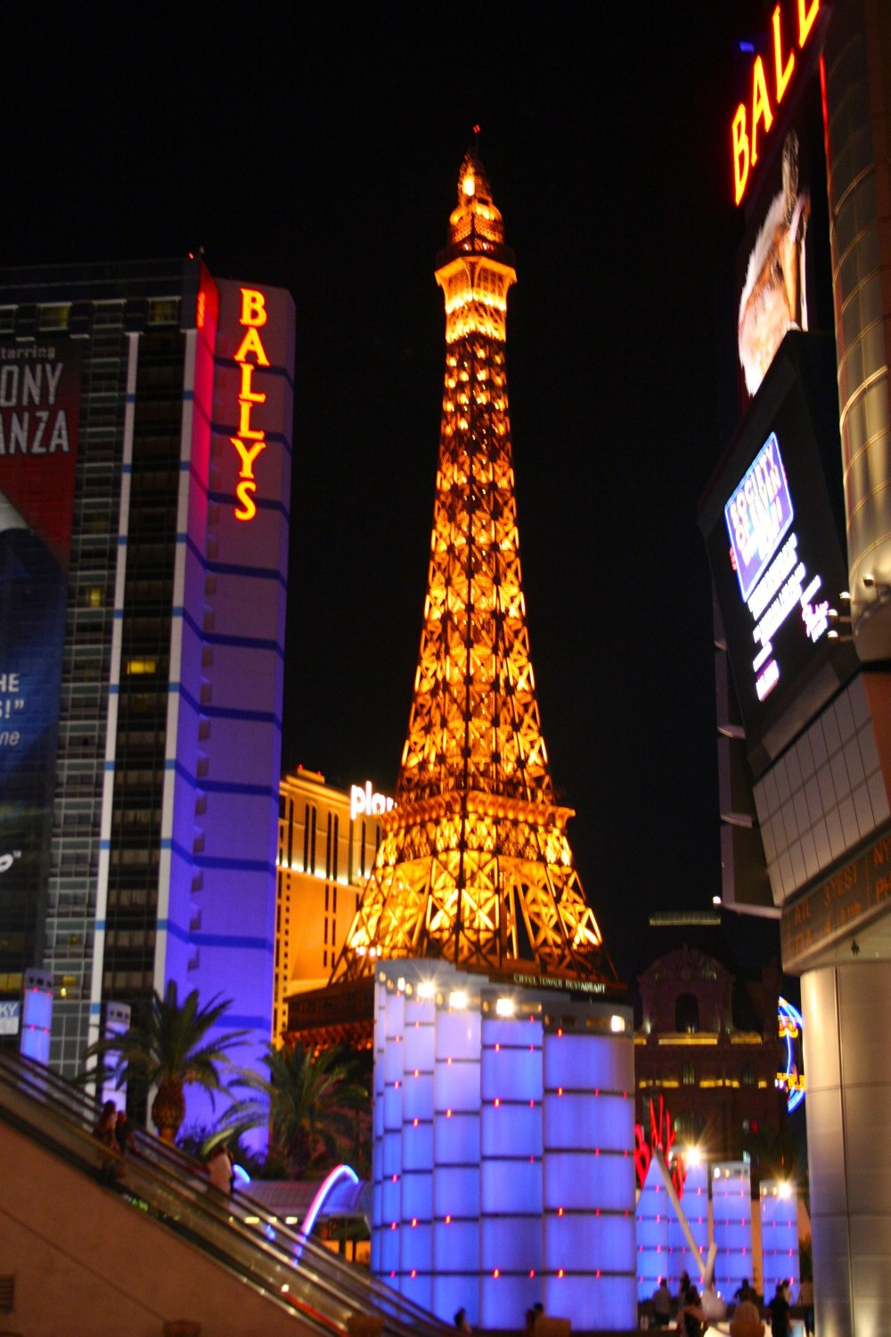 paris-vegas_mini