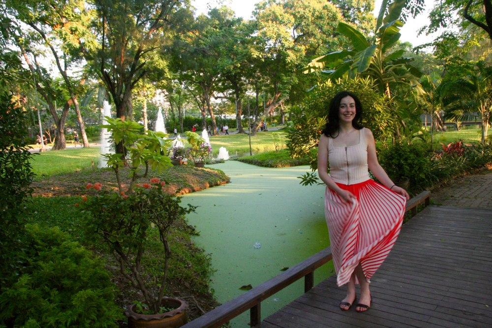 lumphini-park-girl-bangkok