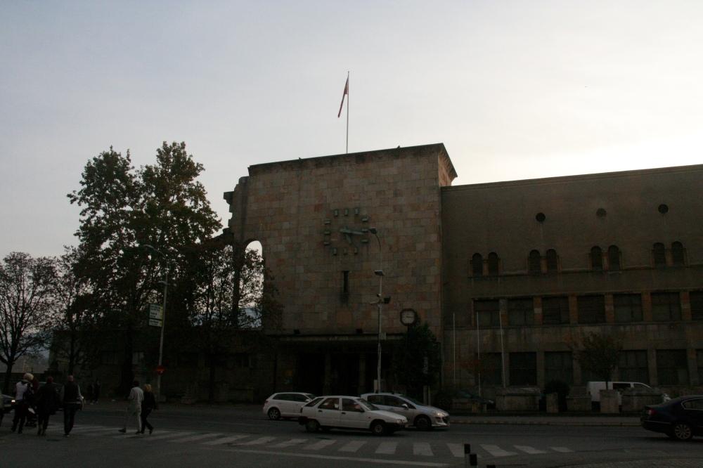 eski-gar-binası-üsküp