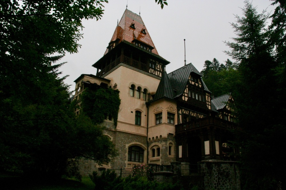 #romanya #sinaia #peleş #peleşor #castle #kale #transilvanya